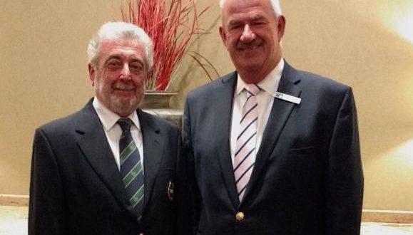Carlos Álvarez con John Paramor, Árbitro Jefe del European Tour. Ambos en el US Open
