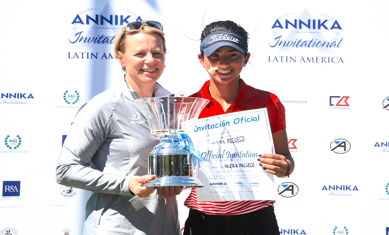 Annika y Valeria Pacheco