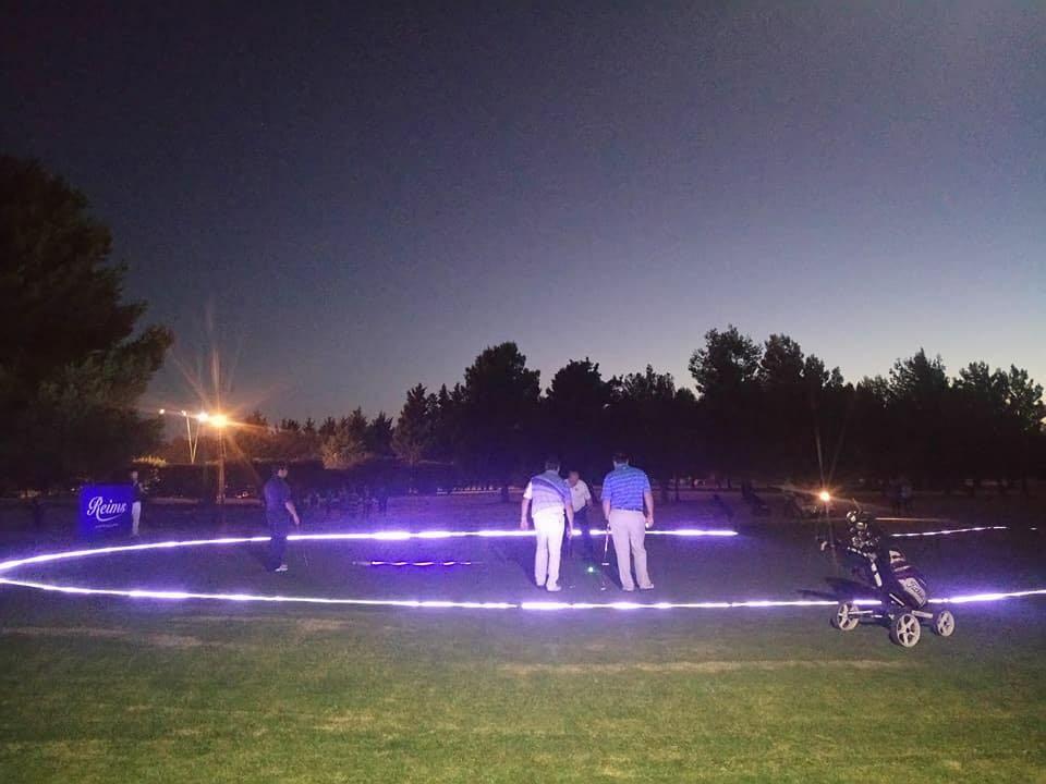 golf noche00001