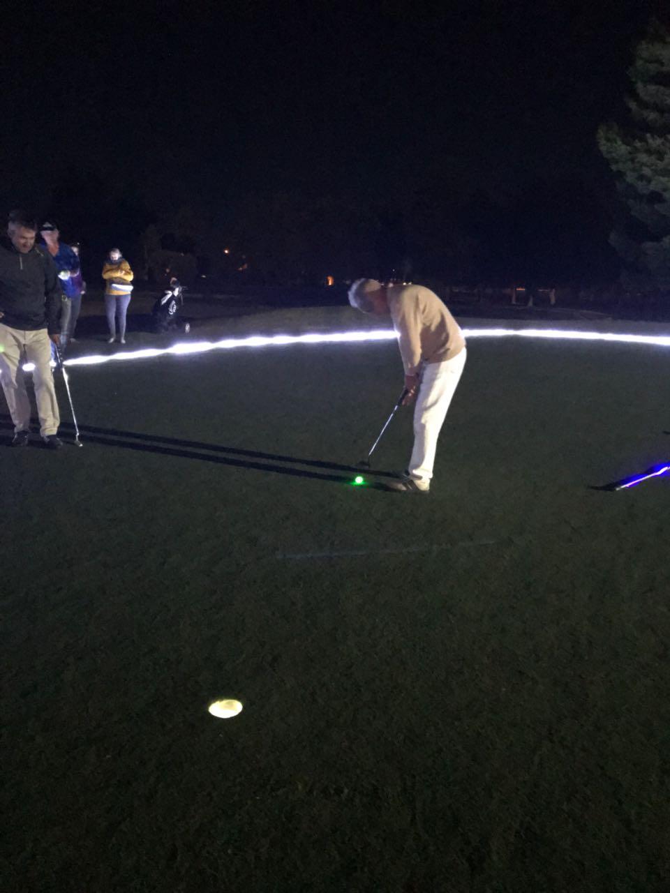 golf noche00003