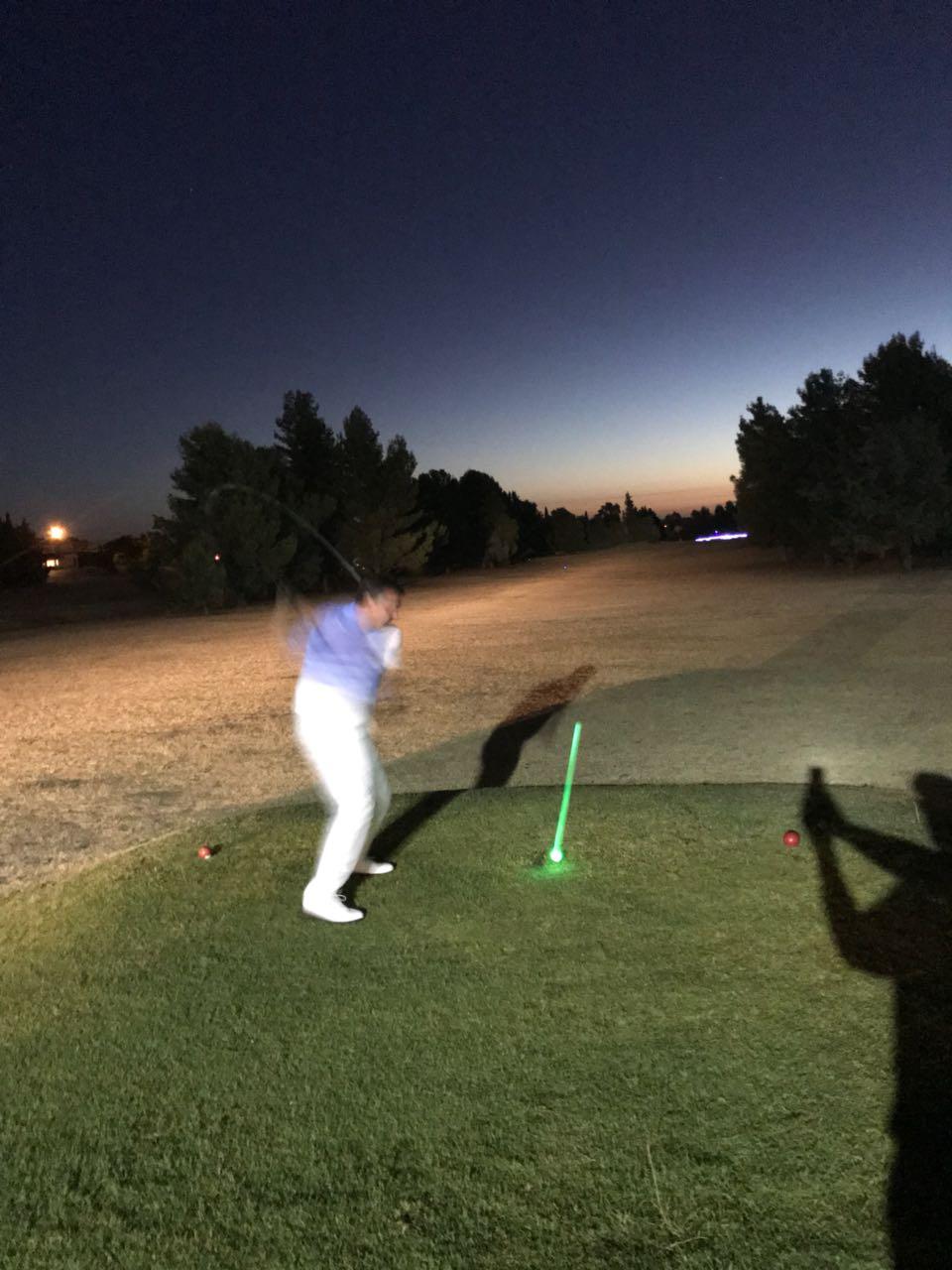 golf noche00004