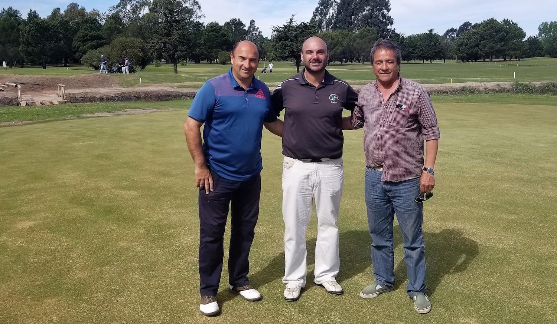Juan Carlos Medina junto al Presidente actual Franco Mediotte y el Vicepresidente Walter Santopietro.